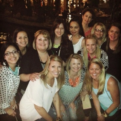 Neon Bloggers Take San Antonio!
